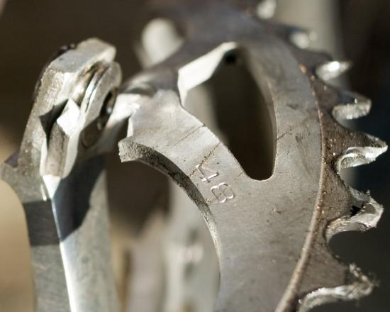 File:Tims broken chainring.jpg